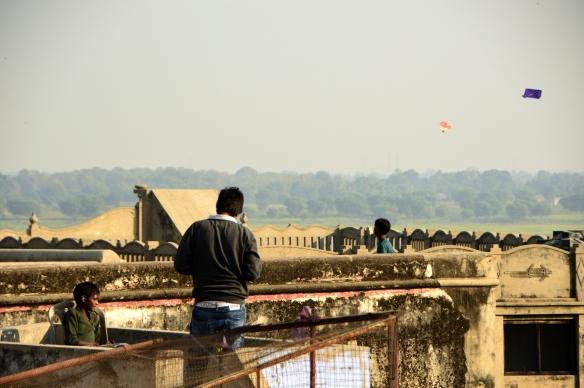 Varanasi's kite fliers